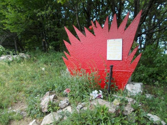248-PAMYTNIK-PARTIZANAM-NA-GORE-BURLYK.m