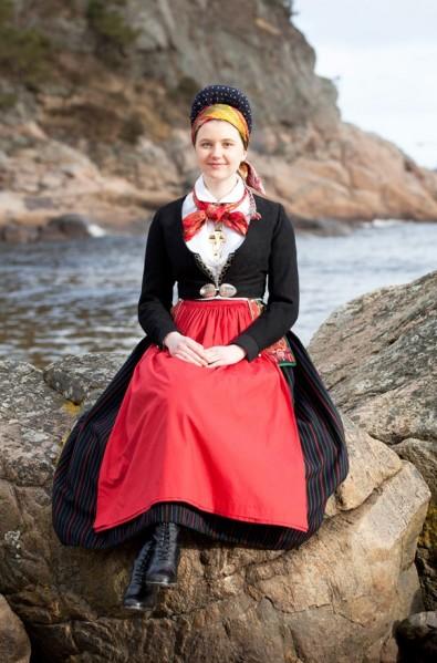 49ca089514bc7a0a2c9589236e682733--folk-costume-folklore.jpg