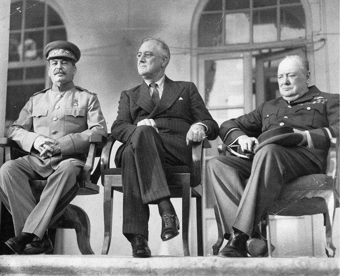 Tehran_Conference_1943.jpg